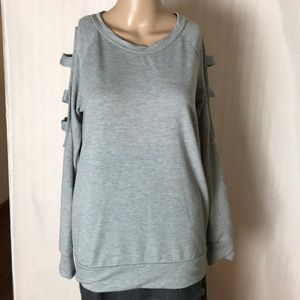 7th Ray Cool Shoulder Sweatshirt Size M